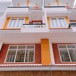 Cần bán gấp nhà 1 trệt 3 lầu nhà mới sổ hồng riêng bao sang tên