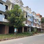 Mở bán dãy nhà phố mặt tiền Tỉnh lộ 10, giá chỉ 1 tỷ 4, sổ hồng riêng
