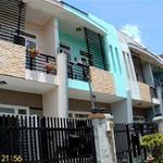 Nhà phố 03 PN, Quận 9, an ninh, Sổ hồng, DTSD 136 m2, giá 21,7 triệu/m2