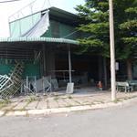 Cần bán gấp nhà xưởng, kho bãi ngay MT Trần Văn Giàu, DT: 210m2, giá 2 tỷ 6.