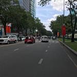 Bán gấp nhà mặt phố Lý Chính Thắng, Quận 3, CMT8, DT: 4.2x25m, 5 lầu, giá 32 tỷ