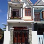 Cần tiền nên bán gấp căn nhà và 125m2 đất, sổ riêng, dân cư đông đúc