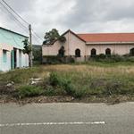 Bán gấp lô đất300m2 đất thổ cư, khu chợ, gần trường học, sát bên KCN , dân cư đông đúc.