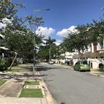 Cần bán gấp nhà trong khu đô thị sinh thái ecolakes bình dương