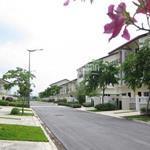 Bán gấp nhà phố + nhà Ecolakes giá rẻ trong khu đô thị công nghiệp mới Bình Dương