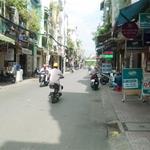 Bán nhà trọ 16 phòng nằm sau Khu công nghiệp Vĩnh Lộc mặt tiền 11m
