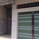 Bán gấp dãy trọ 16p gần chợ cầu sáng Bình Chánh, DTSD 300m2, giá: 1,7,khu vực an ninh