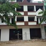 Mở bán 3 căn nhà shophouse1 trệt, 3 lầu, dt sàn 385m2 giá 1,8tỷ dt 125m2,,
