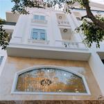Nhà đường nguyễn xí vị trí đẹp 1 trệt 3 lầu nhà mới giá 7 tỷ sổ hồng riêng