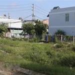 Bán gấp lô đất 250 m2 giá 900 tr, gần chợ, MT Võ Văn Vân, sổ hông riêng