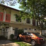 bán căn biệt thự mới, full nội thất trong KĐT ở Bình Dương