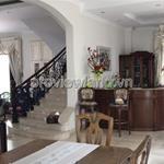 Bán biệt thự trong phường Thảo Điền 1200m2 5PN đầy đủ nội thất