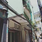Bán nhà 2 lầu Chính chủ ngay trung tâm Q3 đường Lý Thái Tổ LH Chú Lộc 0913906516