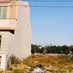 Cần tiền bán lại giá gốc lô đất 105m2 mặt tiền đường nhựa 16m