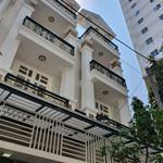Tôi cần bán gấp căn nhà 1 trệt 3 lầu nằm ngay TTTM GIGA MALL Phạm Văn Đồng với giá đầu tư