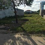 Gia đình cần tiền bán gấp lô đất 300m2 giá 575tr/nền, TC, SH ngay KĐT-CN và gần chợ tự phát MTĐ 16m