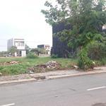 Cần bán gấp lô đất ngay chợ mặt tiền Nguyễn Văn Bứa. Diện tích 136m2 sổ hồng riêng, LH 0931149118.