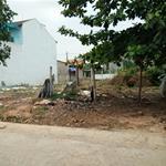 Mang nợ nên bán gấp mãnh đất 300m2 nằm cạnh trường cấp 2 giá 700tr .