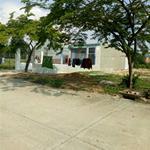 Gia đình tôi cần bán 2 lô đất TC ngay đầu cổng KĐT Mỹ Phước, TX Bến Cát, BD, giá 690tr, DT 150m2