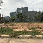 chính chủ cần bán gấp lô đất 300m2 giá 750tr gần bệnh viện hòa hảo, đông dân cư .TC 100%
