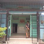 Bán gấp căn nhà nát huyện Bình Chánh 64m2, giá 1 tỷ 5,SHR.