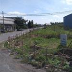 Bán gấp lô đất 100m2 đất sạch, sổ riêng, 900tr, đoạn quy hoạch mở đường. LH: 0909.887.249