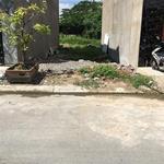 Gia đình tôi cần bán lô đất 90m2, giá 1.05 tỷ, gần Bệnh viện Nhi Đồng 3