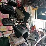 Cần sang Shop túi xách hàng hiệu mặt tiền Đường số 7 P Bình Trị Đông B Q Bình Tân