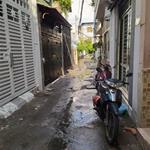 Bán nhà hẻm Nguyễn Trọng Tuyển, 2 lầu, 4*15m, nở hậu: 4.5m, giá 6.9 tỷ.(GP)