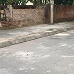 Bán mảnh đất tại Xóm Lò, Thượng Thanh, Long Biên. S: 32m2. Giá: 65tr/m2. Lh: 0971902576