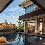Biệt thự view biển 100%, view sân Golf . cam kết lợi nhuận cho thuê. LH tư vấn kỹ hơn 0902933653
