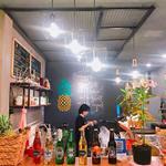 Cần Sang Gấp:Sang mặt bằng kinh doanh nước ép, cafe, beer.số 11 Nguyễn Cừ,Thảo Điền quận 2