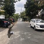Chính chủ bán lô đất khu vip 10x30m nội khu Trần Não, đường trước nhà 11m, giá 105tr/m2