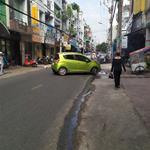 Bán nhà mặt tiền đường Nguyễn Trọng Tuyển, Phú Nhuận, 3.2x11m, nở hậu: 4.5m, 2 lầu, giá 10 tỷ.(GP)