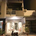 8Chính chủ cho thuê nhà mới nguyên căn 4 lầu 4x17 mặt tiền số 18 Đường 48 P3 Q4