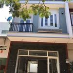 Cho thuê nhà mặt tiền 1 trệt 2 lầu 3pn tại số 42 Đường 4C P Linh Xuan Q Thủ Đức giá 10tr/th
