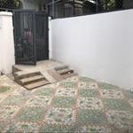 Cho thuê nhà mới nguyên căn 5x20 có 3pn tại hẻm 850/9 Xa Lộ Hà Nội P Hiệp Phú Q9 giá 9tr/th