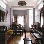 Bán nhà siêu đẹp Lạc Long Quân, Tây Hồ, 50m, 5 tầng, mặt tiền 5m giá  5 tỷ, nhà đẹp ở luôn.