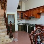 Nhà mới đẹp Núi Trúc, Ba Đình 33m, 5 tầng, mt 3.5m, giá 3 tỷ 700 triệu, nhà siêu đẹp.