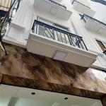 Bán nhà mới đẹp Láng Hạ, Đống Đa 35m, 5 t, mặt tiền 3.6m, ô tô 30m, giá 4 tỷ, nhà đẹp ở luôn.