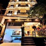 Biệt Thự Siêu Đẹp Khu Trung Tâm Quận 10 đường Thành Thái, DT: 7.4x35m 1 hầm 4 lầu, Hồ Bơi Giá: 41 tỷ