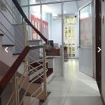 Cho thuê văn phòng vị trí đẹp DT 120m2 or 180m2 mặt tiền 52 Tân Cảng P25 Bình Thạnh