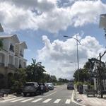 Cần bán gấp số lượng lớn Golden Bay, vị trí sau lưng khách sạn, đường 26m, 24m, view cv