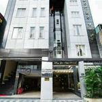 Bán khách sạn 8 lầu khu Đệ Nhất Hoàng Việt quận Tân Bình, DT 8.1x18m, giá chỉ 53 tỷ