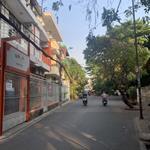 Nhà hẻm xe hơi Huỳnh Văn Bánh thông Trường Sa  - p.13 - Phú Nhuận.  (hh)