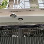 Chính chủ bán nhà nhỏ xinh giá rẻ ngay trung tâm Võ Văn Tần P5 Q3