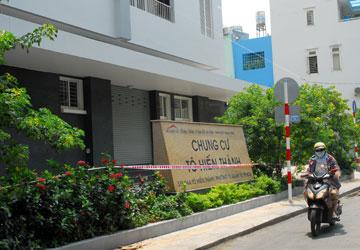 Việc bàn giao 108 căn nhà ở xã hội tại chung cư 157/R8 Tô Hiến Thành, quận 10 đang phải tạm dừng. (Ảnh chụp ngày 10-5) Ảnh: HTD