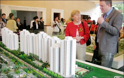 """Nới điều kiện người nước ngoài mua nhà: Giá lại bị """"thổi"""" lên?"""