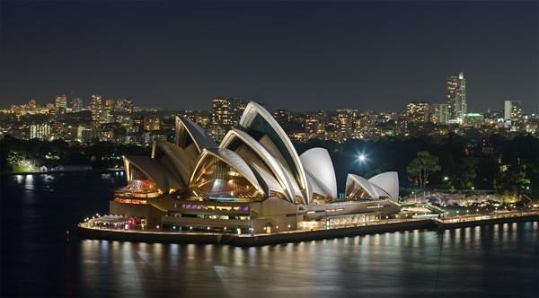 Chiêm ngưỡng kiến trúc đẹp ngất ngây của 20 nhà hát nổi tiếng thế giới