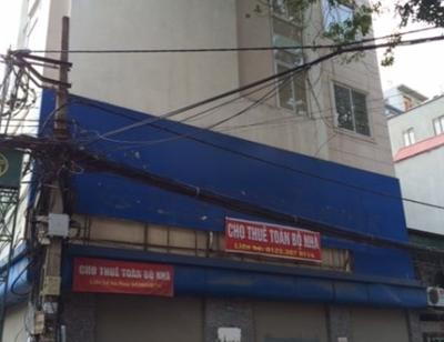 Cửa hàng mặt tiền đóng cửa hàng loạt, mỏi mắt ngóng khách thuê